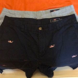 Vineyard Vines shorts in good condition. Size 36